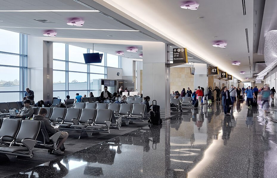 Luminizer 300 airport
